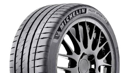 Nouveau pneu Michelin PS4 S