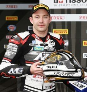 Lucas Mahias pilote moto