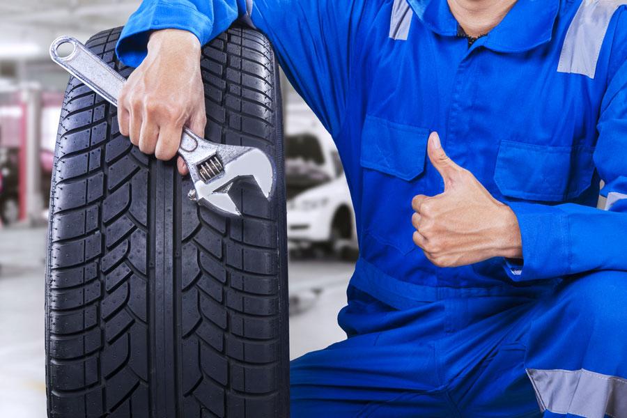 Vérification pneus par garagiste