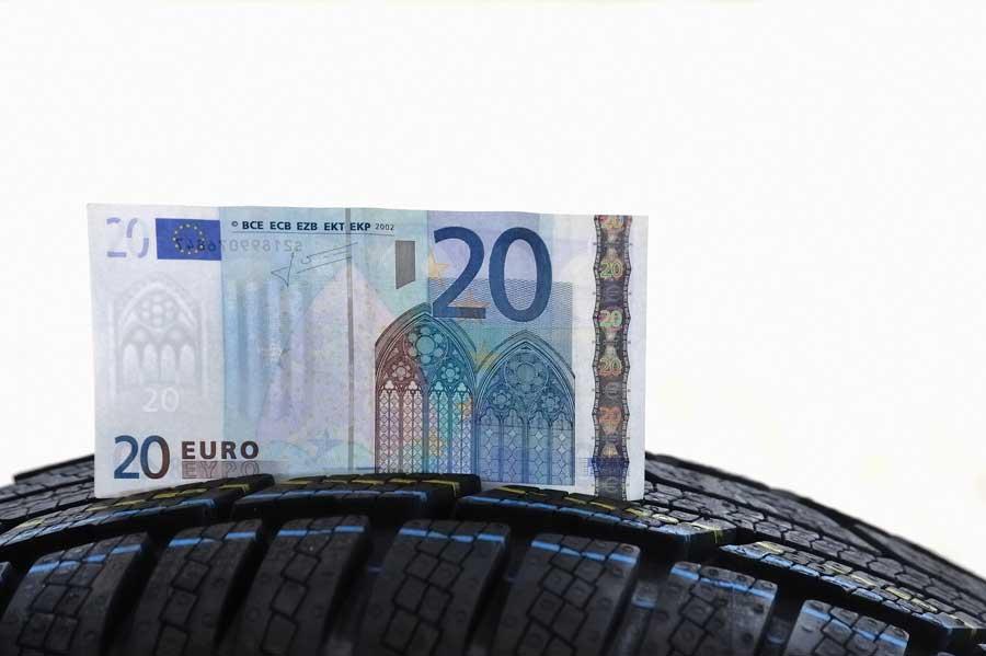 le pneu recyclé n'est pas cher