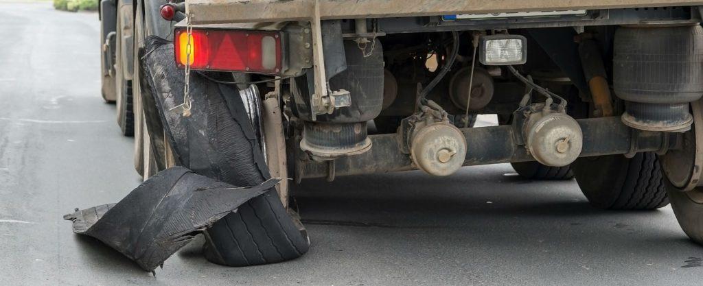 Pneu defectueux crevaison camion