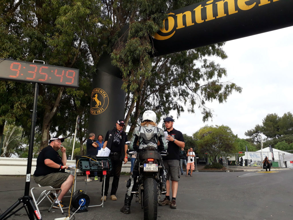 Stand Continental Moto Tour