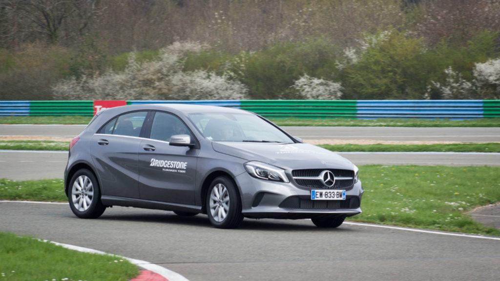 Mercedes classe A chaussée de pneus Turanza T005