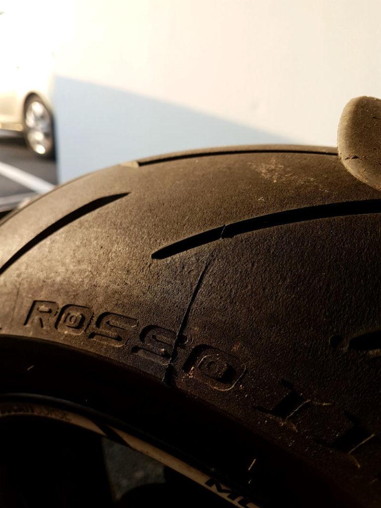 Pneu moto Pirelli