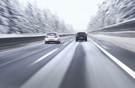 Conduite sur neige : 10 conseils pour rouler en sécurité en voiture